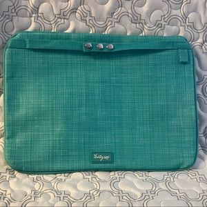 Thirty-one Pocket Tote Attachment